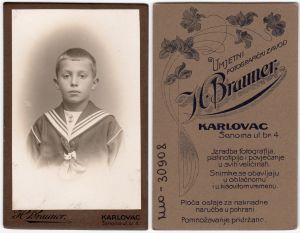 MUO-030908: Dječak u mornarskom odijelu: fotografija