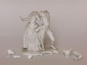 MUO-046256: Dama i harlekin: figuralna grupa