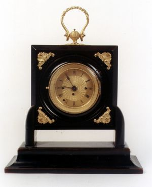 MUO-017407: putni sat budilica