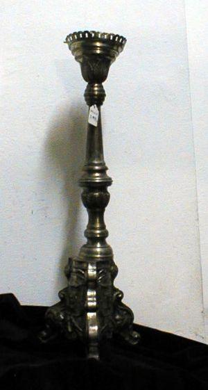 MUO-008998/01: svijećnjak