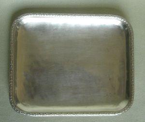 MUO-026761: pladnjić