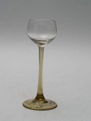 MUO-017856/01: čašica na nožici