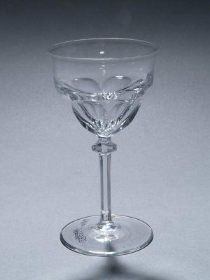 MUO-011980: čaša na nožici