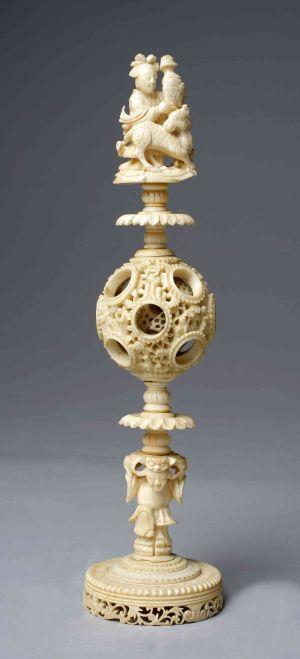 MUO-009576: Contrefait kugla: ukrasni predmet