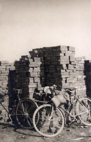 MUO-024385: Odmor bicikla: fotografija