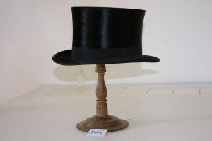 MUO-014674: cilindar: šešir