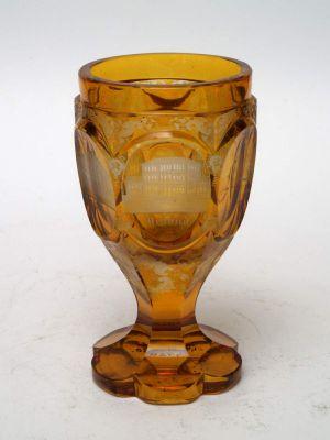 MUO-004920: čaša na nožici