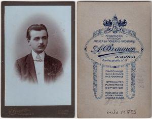 MUO-051829: Mladi gospodin: fotografija