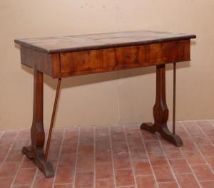 MUO-014912: pisaći stol