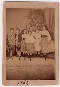 MUO-007342/01: Dječji grupni portret: fotografija
