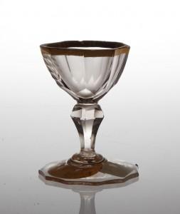 MUO-018589: čašica na nožici