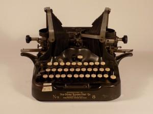 MUO-026036: Oliver No. 8: pisaći stroj