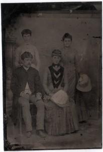 MUO-013140: Obitelj: fotografija