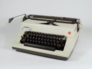MUO-015831: OLYMPIA: pisaći stroj