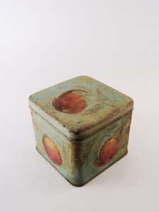 MUO-030368: kutija s poklopcem
