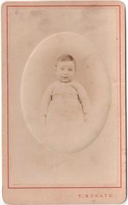 MUO-055972/01: Portret djeteta: fotografija