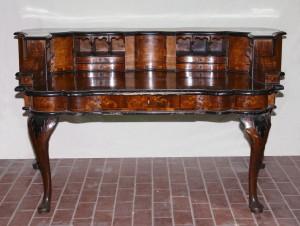 MUO-015559: pisaći stol