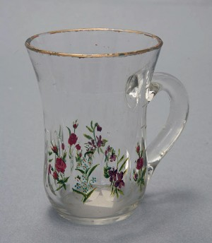 MUO-018786: čaša s ručkom