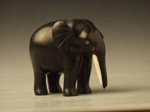 MUO-000271: slon: figura