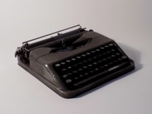 MUO-008531: Hermes baby 225.589: pisaći stroj