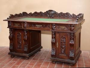 MUO-030435: pisaći stol