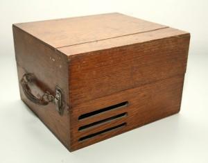 MUO-014797/02: Ta Magno: gramofon