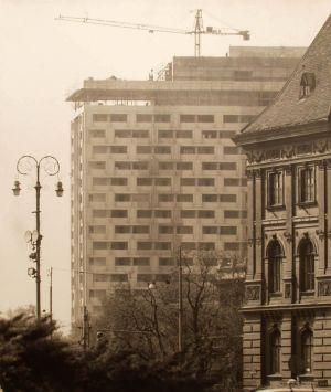 MUO-042411: Pogled na hotel Intercontinental u gradnji: fotografija