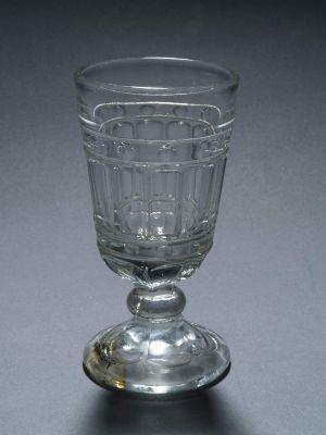 MUO-008113/01: čaša na nožici