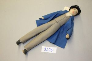 MUO-009275: lutka