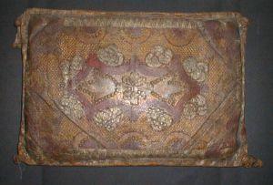 MUO-003591: jastuk oltarni