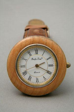 MUO-045366: Pacific Time Quartz: ručni sat