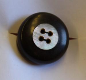 MUO-015142/05: gumb