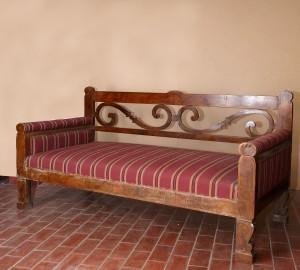 MUO-016552: sofa