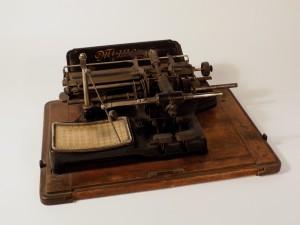 MUO-009433: Mignon Model 2: pisaći stroj