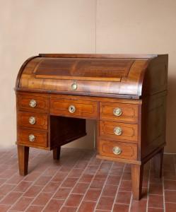 MUO-017242: pisaći stol