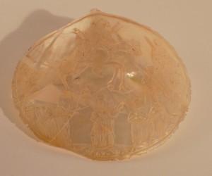 MUO-007498: Ulazak u Jeruzalem: reljef na školjki