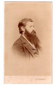 MUO-006517/28: Muškarac duge brade: fotografija