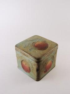 MUO-030367: kutija s poklopcem