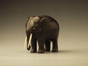 MUO-000272: slon: figura