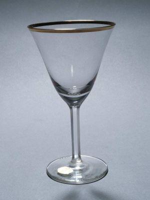MUO-011291: čaša na nožici
