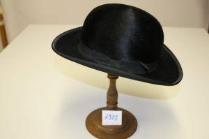MUO-007905: polucilindar: šešir