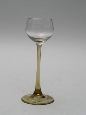 MUO-017856/05: čašica na nožici