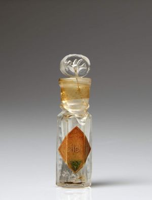 MUO-017905/01: bočica za parfem