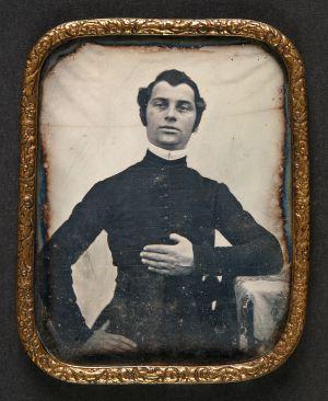 MUO-008810: Portret svećenika: dagerotipija
