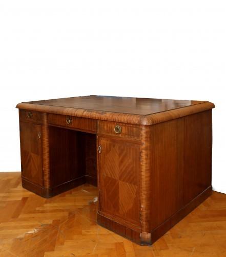 MUO-017564: pisaći stol