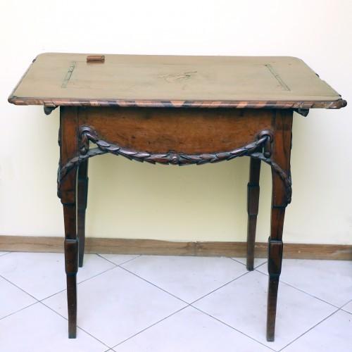 MUO-009198: stolić